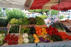Local French market