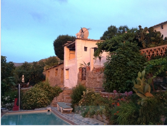 Andalusia Spain House-sitting pet-sitting